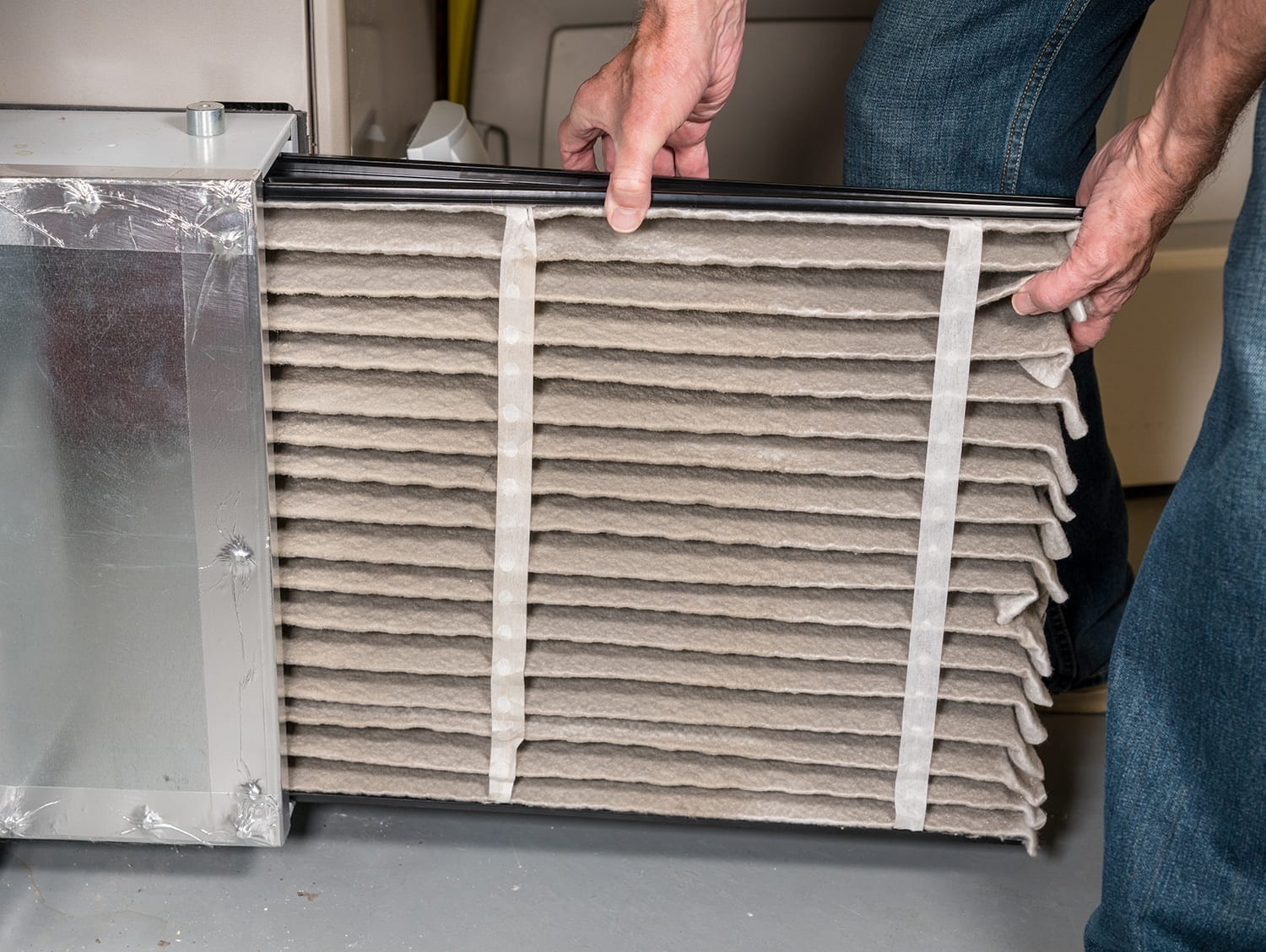 Change air filter - Ressler & Mateer - HVAC and Plumbing company near Lancaster, PA>